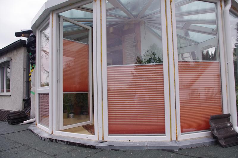 referenzbilder rollosystem plissees insektenschutz und innenrollos f r jederman. Black Bedroom Furniture Sets. Home Design Ideas